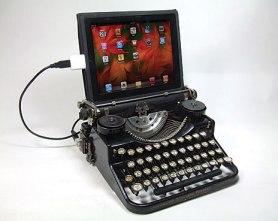 TypewriterWithScreen