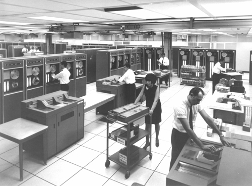 Bell_Labs.Computer_Center_1968